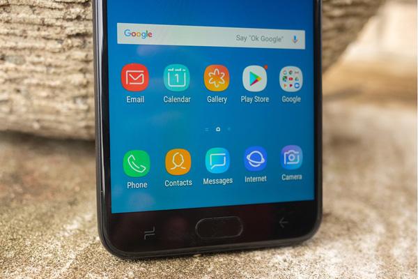 Samsung выпустит бюджетный смартфон Galaxy R